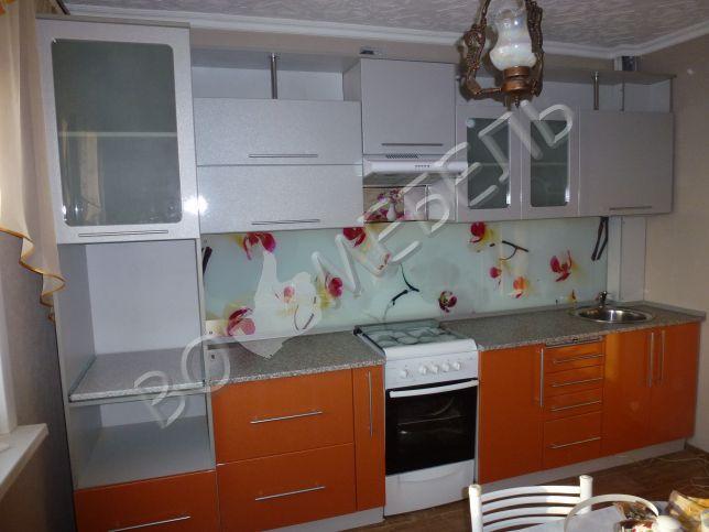Дизайн кухни оранжевая с серым